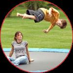 Læs hvordan selvuddannende kunder er en udfordring for trampolinforhandlere.